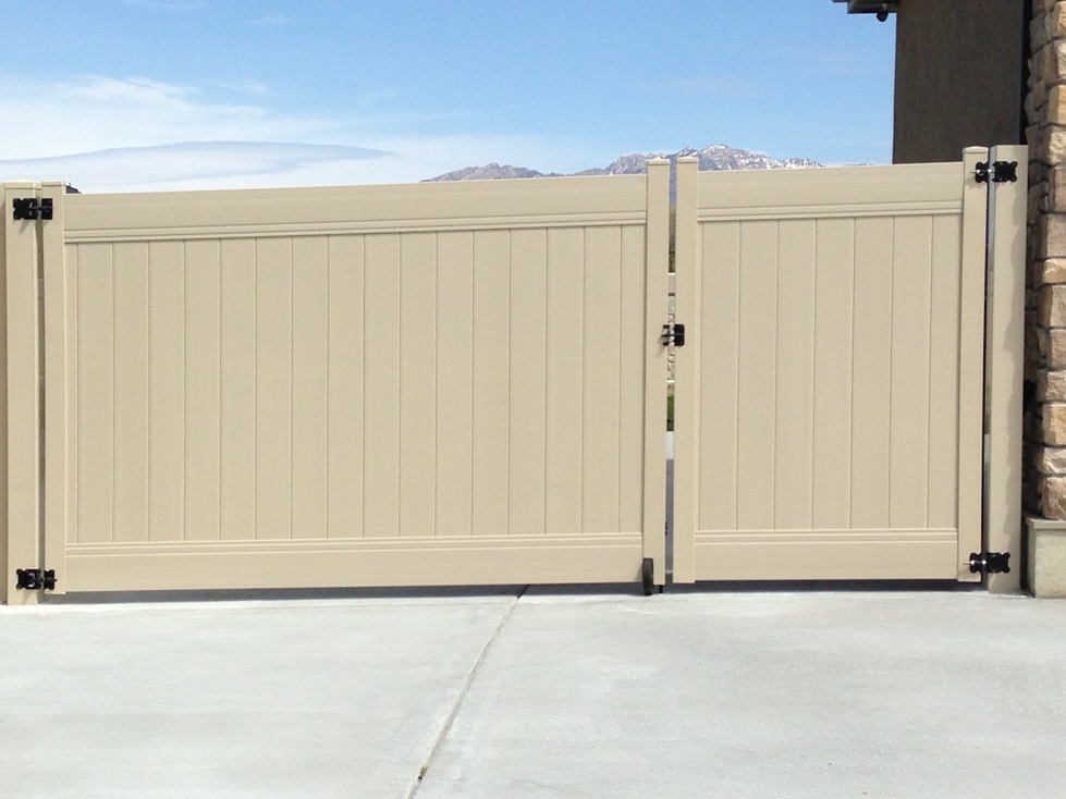 Steel Frame Gates Vinyl Fence Experts