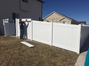 Crown Vinyl privacy fence 1b