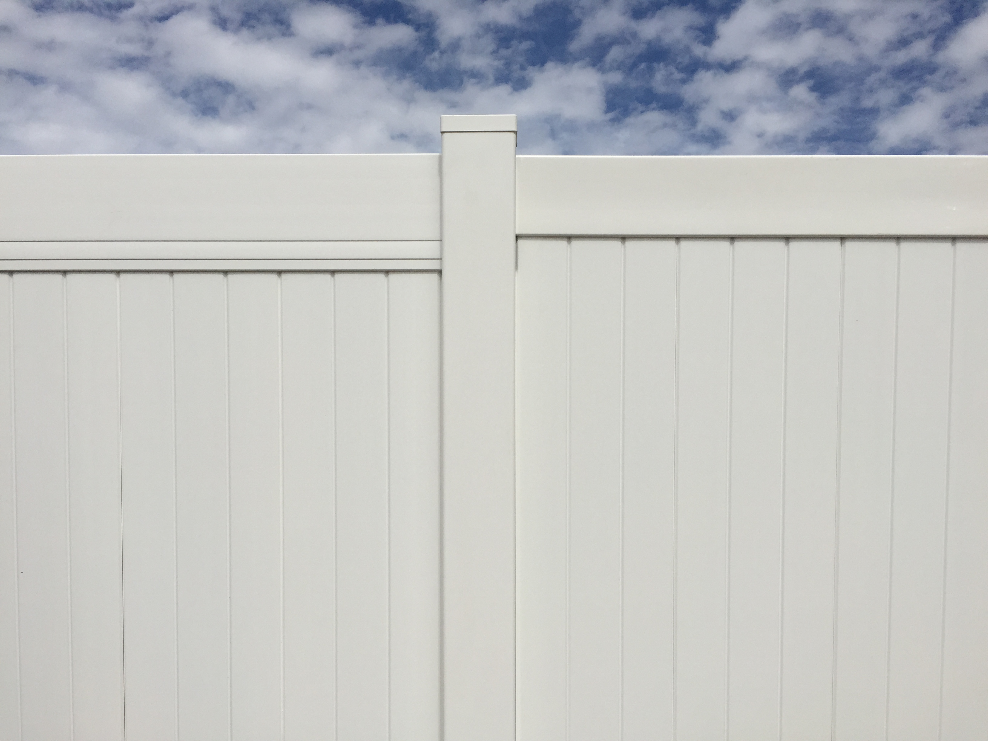 Crown Vinyl Completed Projects High Wind Fencing Crown