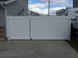 crown vinyl double gate riverton