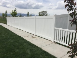 Crown Vinyl high wind fence 4