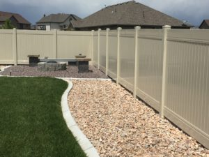 crown-viny-fence-high-wind-privacy-1
